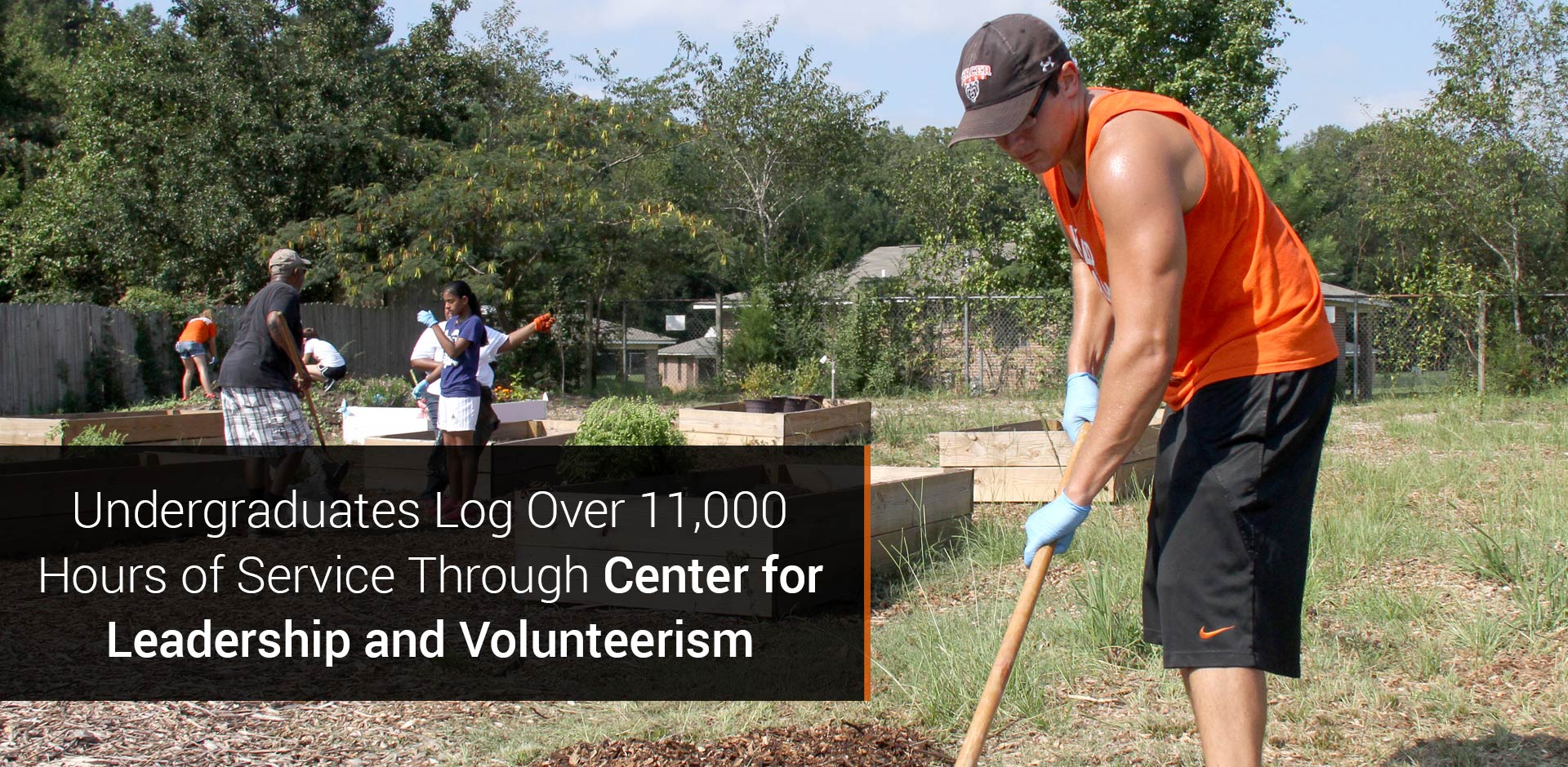 Undergraduates Log Over 11,000 Hours of Service Through Center for Leadership and Volunteerism